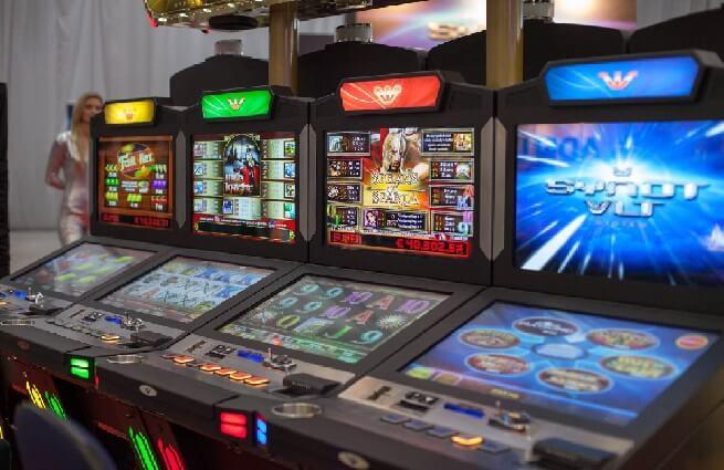 Η Ελλάδα θα περιορίσει την έναρξη των παιγνιομηχανημάτων VLT